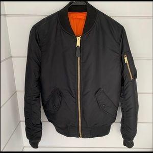 Alpha industries bomber jacket XS